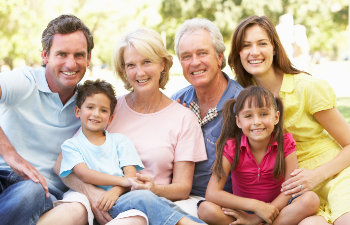 6 person family with children, their parents and grandparents